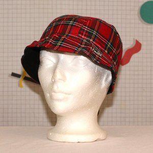 Etnies plaid reversible hat - Free w/$15 purchase